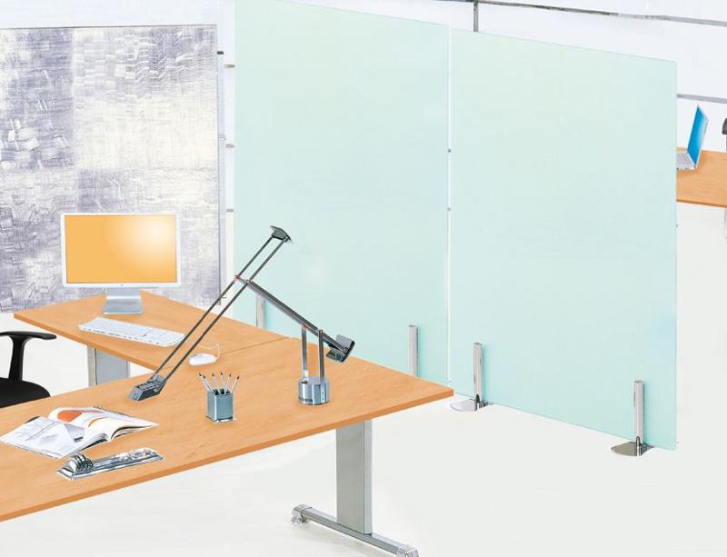 Cuáles son los mejores paneles separadores para tu oficina